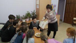 """Прошедшая неделя была очень интересной. Воспитатели Центра провели ряд открытых занятий:  """"Кто они - защитники Отечества?""""  """"Профессия и состояние здоровья""""  ,, Об удивительных превращениях пищи в нас""""  """"Осанка-красивая спина"""""""