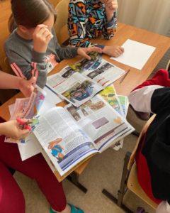 Студенты КФУ провели для наших воспитанников интересный мастер-класс по созданию карты желаний. Ребята задумались о своих мечтах, о своём будущем и изобрели это на бумаге. Выражаем благодарность студентам за проведённое мероприятие.